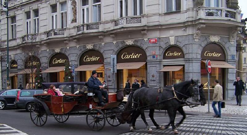 Butik Perhiasan dan Jam Tangan di Praha