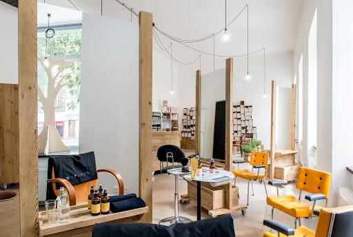 Berbelanja Kosmetik di Praha